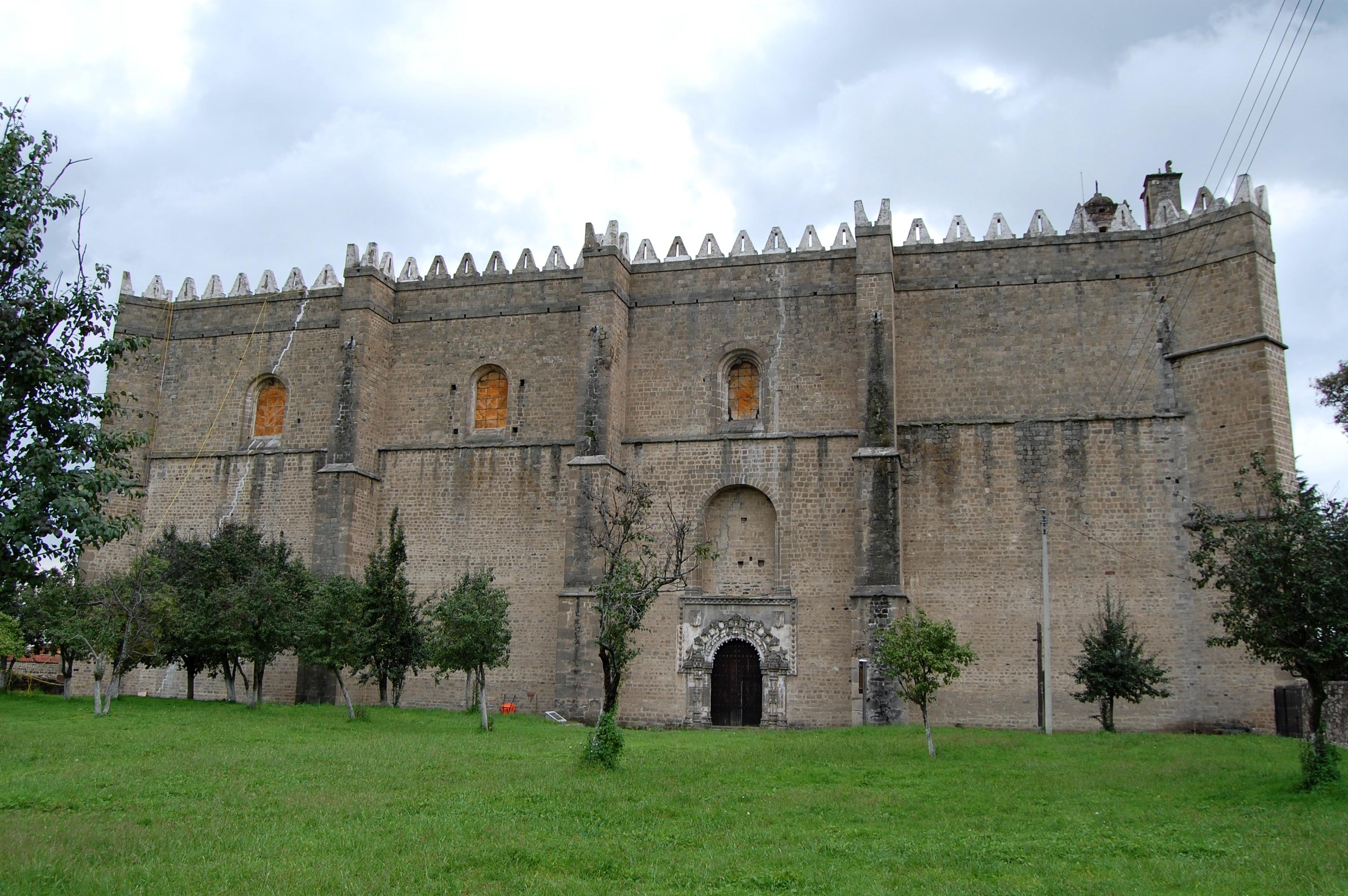001_Convento_de_Huejotzingo._Puerta_de_la_Porciúncula._ManuelParadaLopezdeCorselas