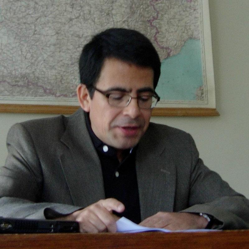 José Luis Gastañaga - Equipo UCM - En los bordes del archivo a4e460d0ecb